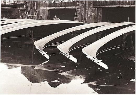 Fulvio Roiter, Squero di San Trovaso, 1960