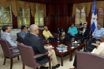 Canciller Se Reúne Con Autoridades De Elías Piña Para Analizar Nueva Política Exterior