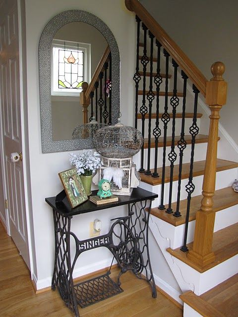 """I love the old Singer sewing machine base - classy entry table! :) Thanks Melonie from her blog """"The Old White Cottage""""."""