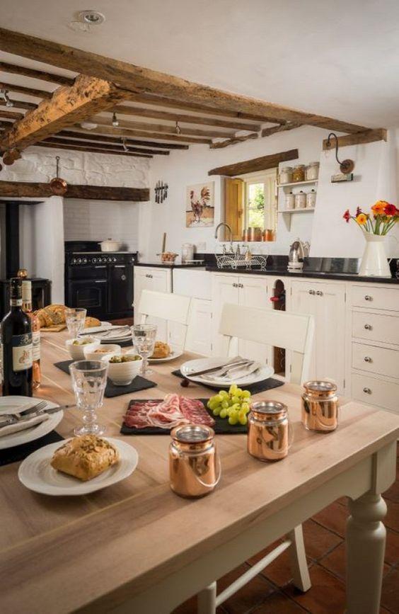 Hódít a country stílus: gyönyörű vidéki otthonok - fotók