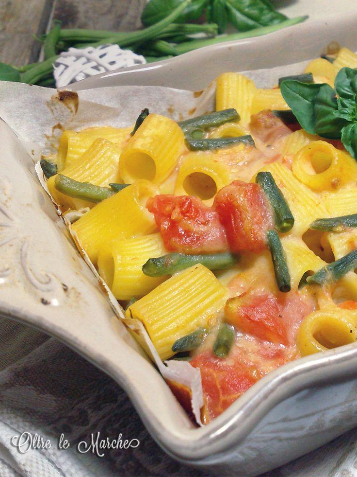 Pasta al forno con fagiolini, ricetta vegana  cucinare i fagiolini, cucinare i pomodori, fagiolini, lasagne vegane, pasta al forno, pasta al forno vegetariana, piatti per l'estate