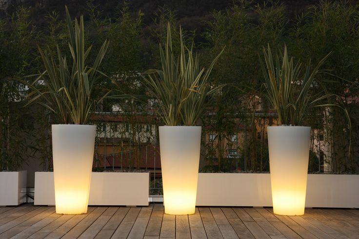 Vaso Tondo 120 | Plart Design http://bit.ly/1KrIr1l   High conic POT also available with lighting. #interiordesign #lightingdesign