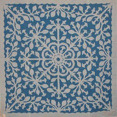Quilt Inspiration: Hawaiian Quilts