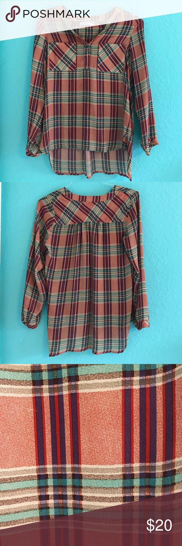 Stripe blouse Super cute and trendy striped blouse! Lightweight! Tops Blouses