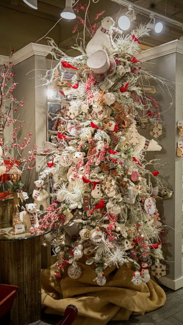 42 Stunning Designer Christmas Trees RazImports 5902 best