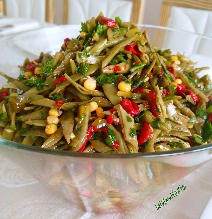 💐💐 Esselâmu aleykum dostlar 💐 @betulmutfakta nın fasulye salatası çok hoşuma gitti. Ellerine sağlık canım ☺️🌺 @betulmutfakta…