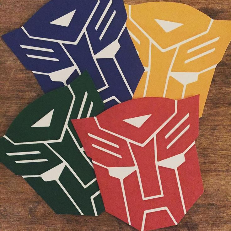 Cumpleaños Transformers para Pedro / Stickers / By LAURA&DONNA / Envíos a todo el mundo / We ship worldwide / Follow us on Instagram @lauraydonnaec / Contact us lauraydonna@gmail.com