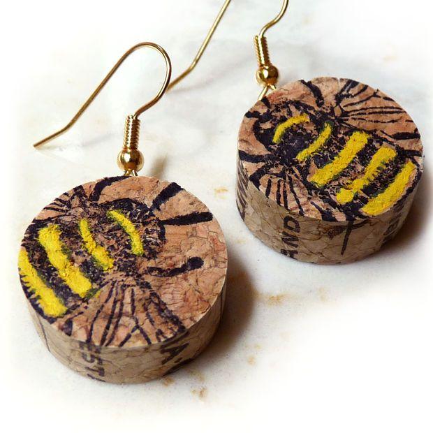 Cute and Easy!!  Wine cork earrings - tutorial