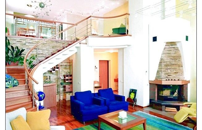Cool Blue Sofa, Ombre Rug And Nice Stair Decoration Design