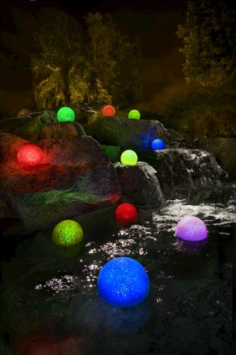 Sparkling Glitter Globe