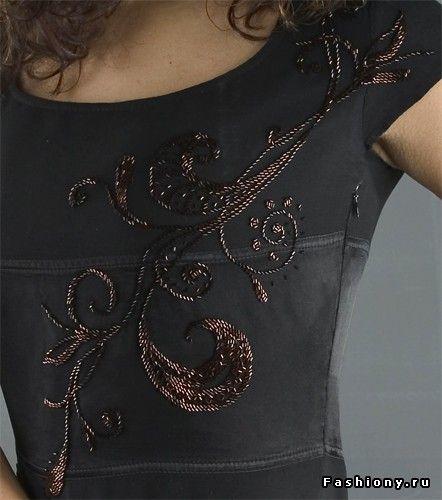 Игра в бисер / вышивка бисером на платье