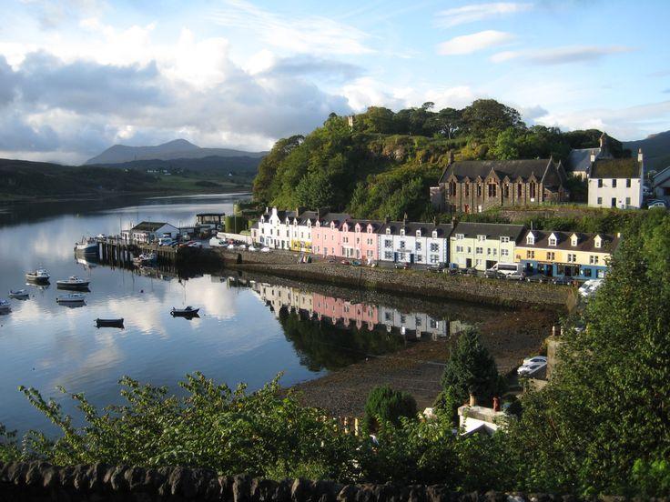 Isle of Skye | File:Portree Isle of Skye.jpg - Wikipedia