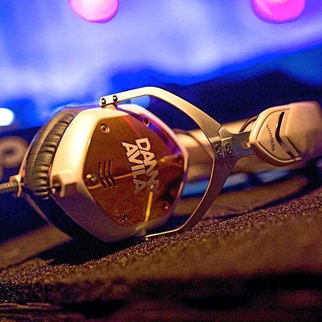 Danny Avila White & Gold Custom Crossfade M-100 #Zouk #VFamily #VMODA #DannyAvila
