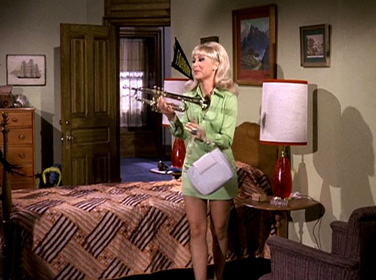 barbara-eden-mini-skirt-lesbian-fist-initiation-pdf
