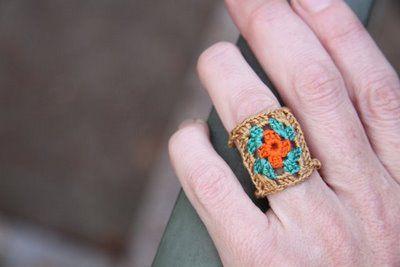 granny square ring: