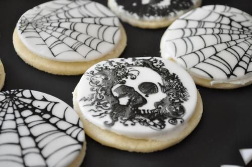 Web and skull sugar cookies cookies skulls halloween sugar cookies halloween pictures happy halloween halloween images webs