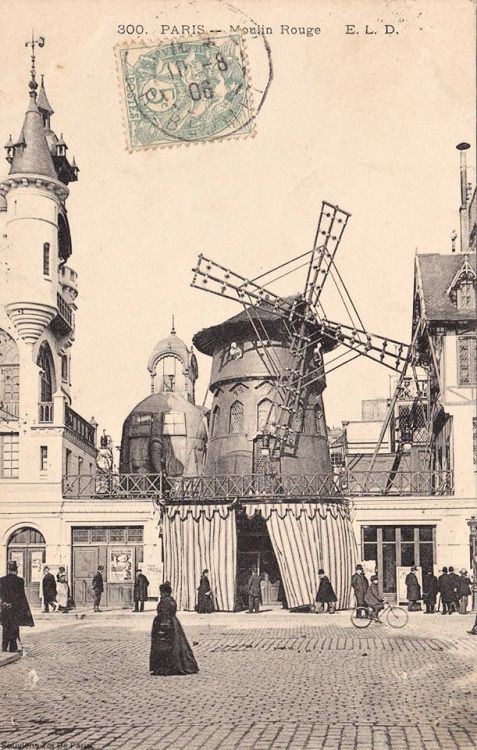 Le Moulin Rouge en 1905.