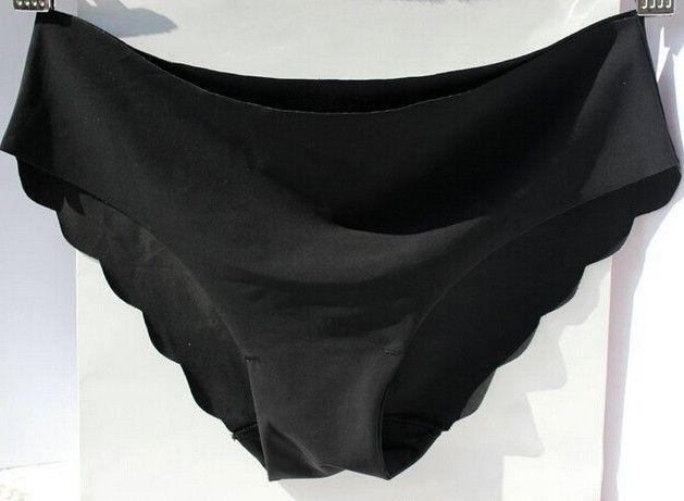 Dámské bezešvé kalhotky ČERNÉ spodní prádlo – SLEVA 50% a POŠTOVNÉ ZDARMA Na tento produkt se vztahuje nejen zajímavá sleva, ale také poštovné zdarma! Využij této výhodné nabídky a ušetři na poštovném, stejně jako to …