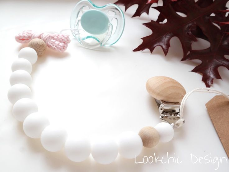 Dummy Chains – White dummy chain – a unique product by LookchicDesign on DaWanda