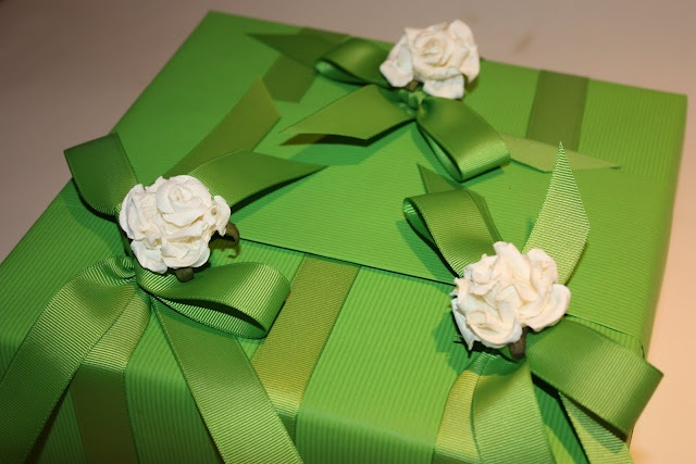 A Gift Wrapped Life: Sweet Pea and Grosgrain