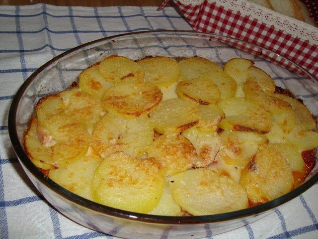 La buona cucina di Katty: Teglia di patate alla pizzaiola