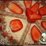 """Торт """"Шкатулка с секретом"""" Идею с тортом-шкатулкой почерпнула из интернета-автору Олесе большое спасибо за это. Торт в моих руках претерпел некоторые изменения и дополнения. Очень вкусный, с бисквитом, пропитанным коньячным сиропом. Фонтан из грецких орехов, бананов, шоколада, а внутри торта вас ждет маленький сюрприз"""
