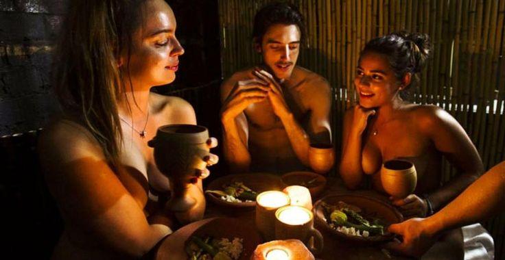 Ресторан для нудистов на острове Тенерифе