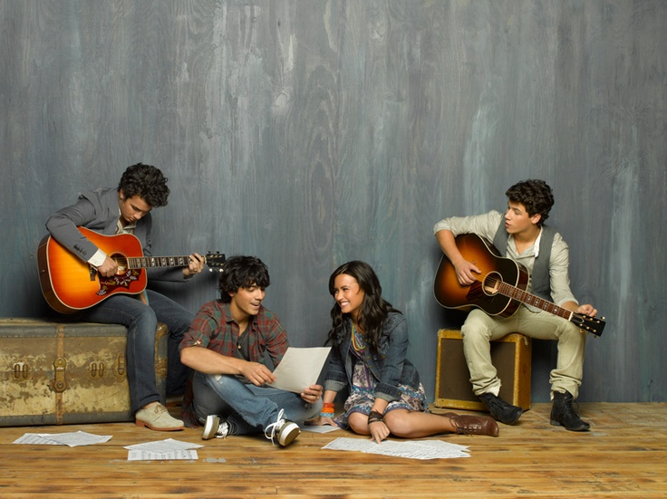 Mitchie, Shane, Jason et Nate (Camp Rock 2) #camp #rock #disneychannel