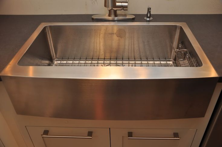 Best 25 stainless steel apron sink ideas on pinterest for Stainless steel countertop with built in sink
