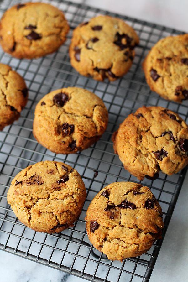 Culy Homemade: pindakaas-koekjes met stukjes chocolade