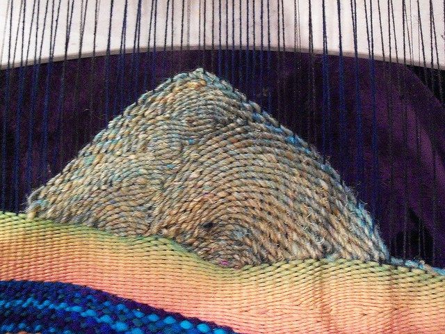 Weaving Landscapes (or just curves) This is something I posted to Ravelry, at the request of a mod who had seen some of the Work In Progess (WIP) pictures. Process post! Someone suggested I do one ...