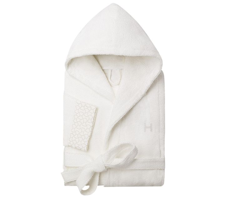 Hooded bathrobe in white cotton (100% cotton), new Japanese weaving: an ottoman loop combed with cotton to maximise comfort and absorption, size S
