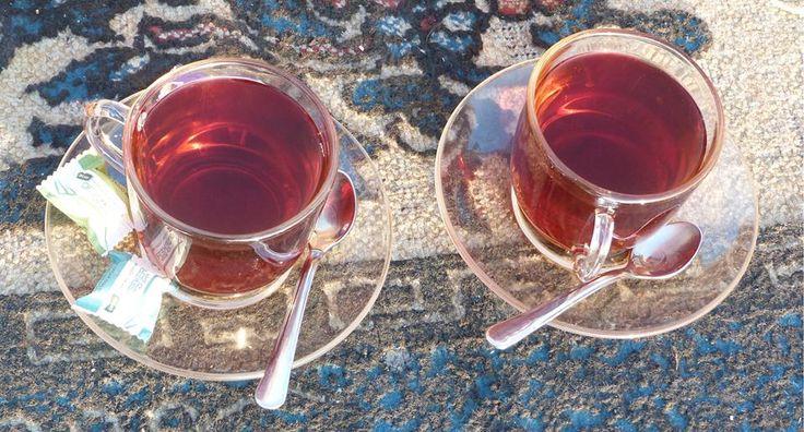 No hay nada mejor cómo compartir tu momento color de té un miércoles por la mañana.  ¿Compartís vuestro momento con nosotros? #te #teatime #tea