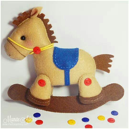 Cavallo                                                                                                                                                     Mais