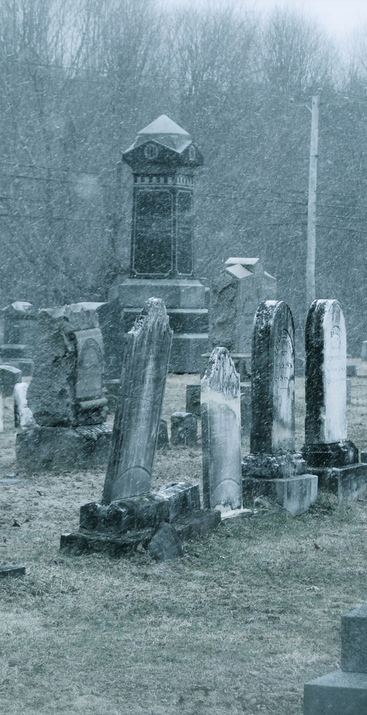 The legend of the Union Cemetery White Lady is one of America's most famous ghost stories.