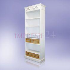 Klasyczny regał w kolorze białym | The classic white bookshelf #klasyczny #biały #regał #pokój #wystrój #wnętrza #prowansalski #stylowy #meble #classic #bookshelf #shelf #provencal #stylish #room #interior #decor #furniture
