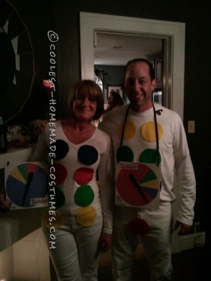 Easy, Last Minute Twister Couple Halloween Costume... This website is the Pinterest of costumesMinute Halloween, Twisters Couples, Minute Twisters, Fall Halloween, Couple Halloween Costumes, Easy Couple Costumes Diy, Easy Halloween, Costumes Ideas, Couples Halloween Costumes