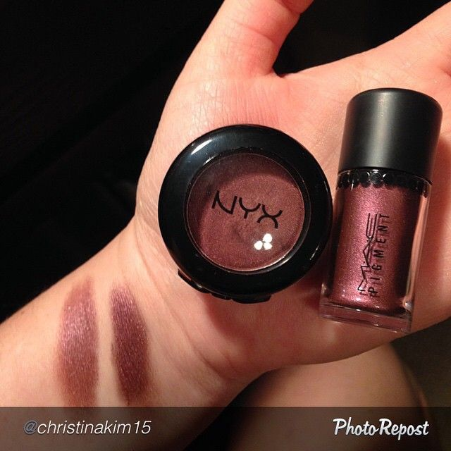 #NYX single eye shadow in Addiction and #MAC pigment in Heritage Rouge. The pigment on the search shows more of the burgundy tone, but on the lid, they look identical. #MakeUp  #Dupe