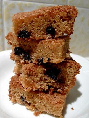 Blueberry White Chocolate Blondies | To eat... | Pinterest