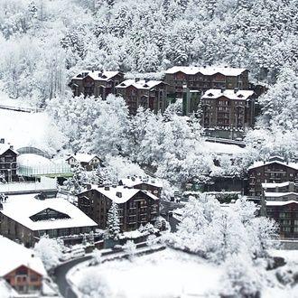 Nieve en resort de lujo con spa en Andorra
