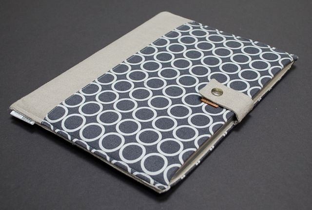 iPad Case / iPad 2 Case / iPad 1 Case / iPad 2 Cover / iPad 1 Cover / iPad Sleeve / Padded iPad Case - Modern Circles Gray