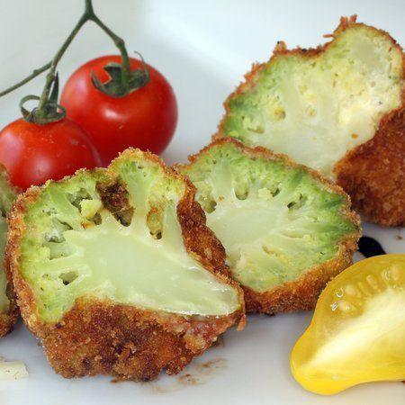Egy finom Sajtos rántott karfiol ebédre vagy vacsorára? Sajtos rántott karfiol Receptek a Mindmegette.hu Recept gyűjteményében!