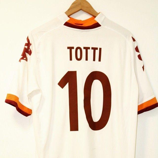 2011-2012 Roma Away Shirt Totti #10 XL  Price: 39.99 Seller: @timelessfootball  Link in bio  #roma #asroma #totti #footballshirtcollective