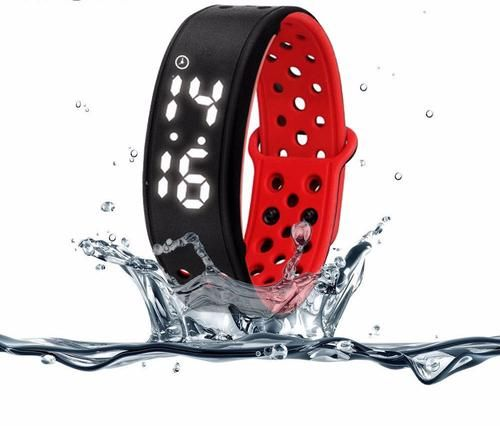 Waterproof fit band to track your fitness level *BUY NOW*