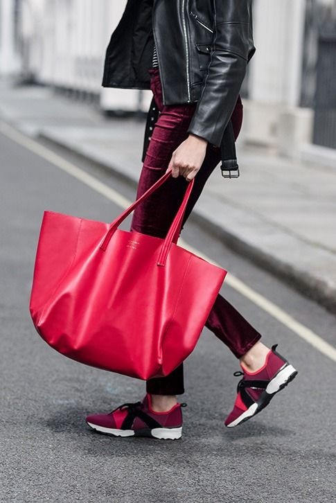 Red Tote Bag.  Crafted in rich, supple leather, the Violet Horizontal Tote from Kurt Geiger London brings instant polish to your everyday accessories. Crafted in Italy, this relaxed handbag is roomy enough for even the busiest days.