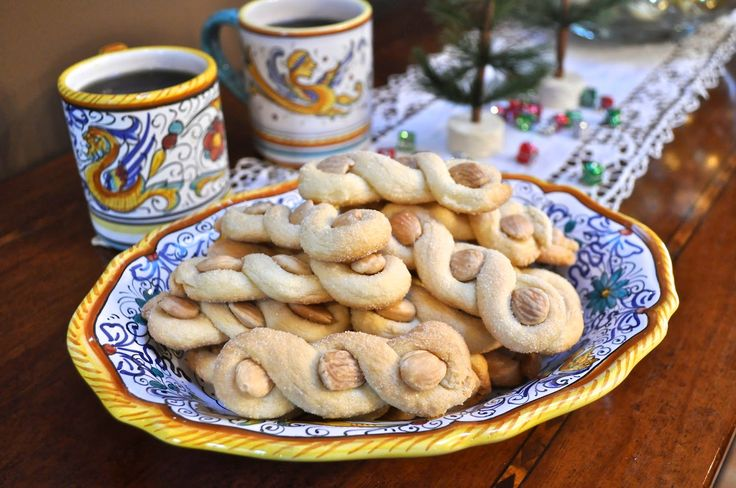 Ciao Chow Linda - Intorchiate - beautifully delicious twisted almond cookies from Puglia.