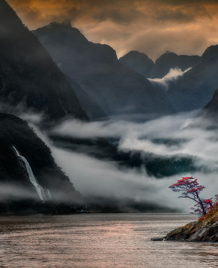 The Milford Sound, New Zealand by HITTHEROAD