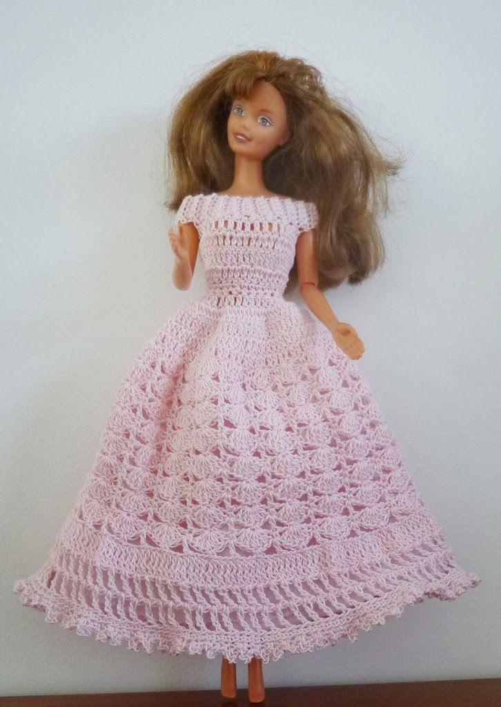 Une robe de princesse pour Barbie