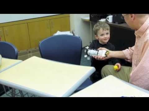 RoboMax-Kids help build a robohand for a little three year old without a working hand.