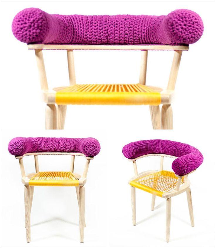 In Diesem Sessel Design Hat Häkeln Verwendet Worden, Um Das Obere Kissen Zu  Erstellen, Das Auf Der Armlehne Sitzt. Für Die Sitzfläche Des Stuhls Hat  Den ...